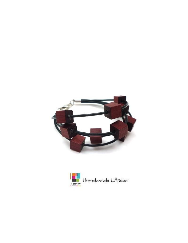Bracelet en cuir et bois