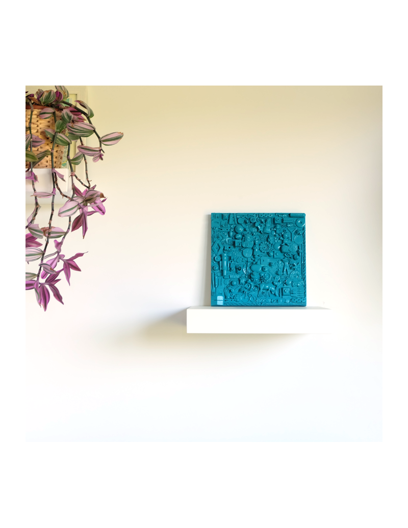 Turquoise sculpture painting