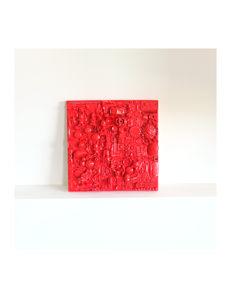 Red sculpture painting